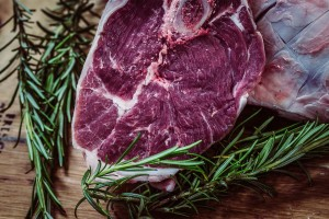 Gasgrill mit Oberhitze Steak