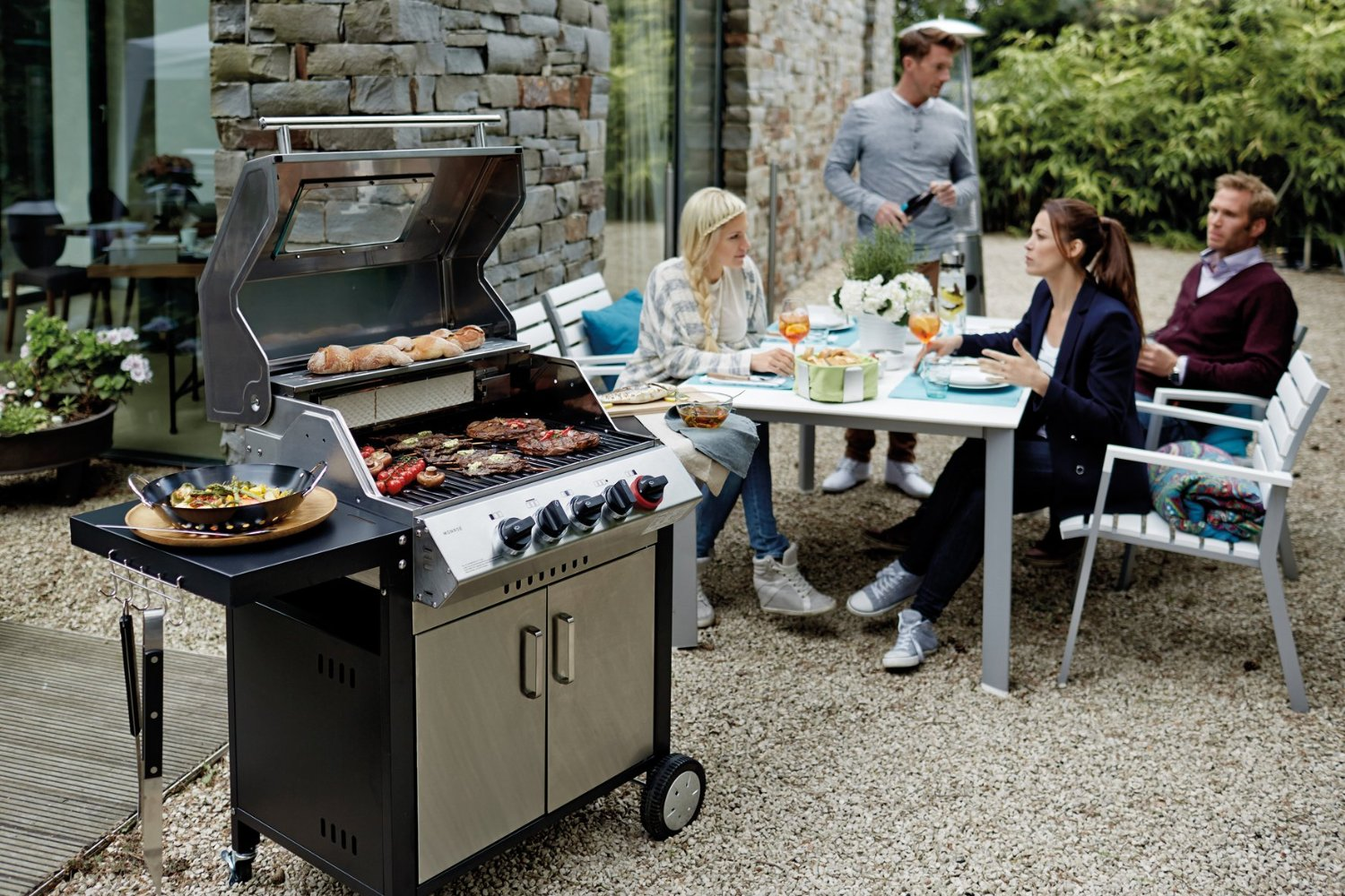 Enders Gasgrill Turbo Zone : Gasgrill mit turbo zone perfekt von enders
